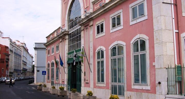 Lizbona_Muzeum Fado_wikipedia