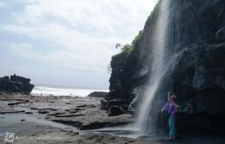 Nieopodal Tanah Lot na Bali.