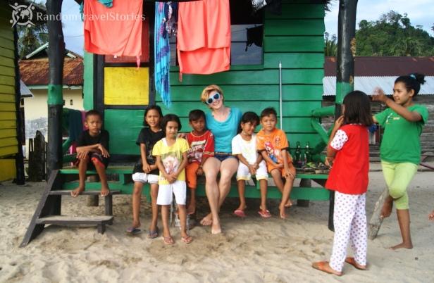 W wiosce Sungai Pinang, Sumatra.