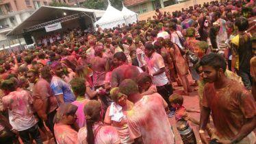 Holi - Festiwal Kolorów. Jedno z wielu świąt w wielokulturowej Malezji.